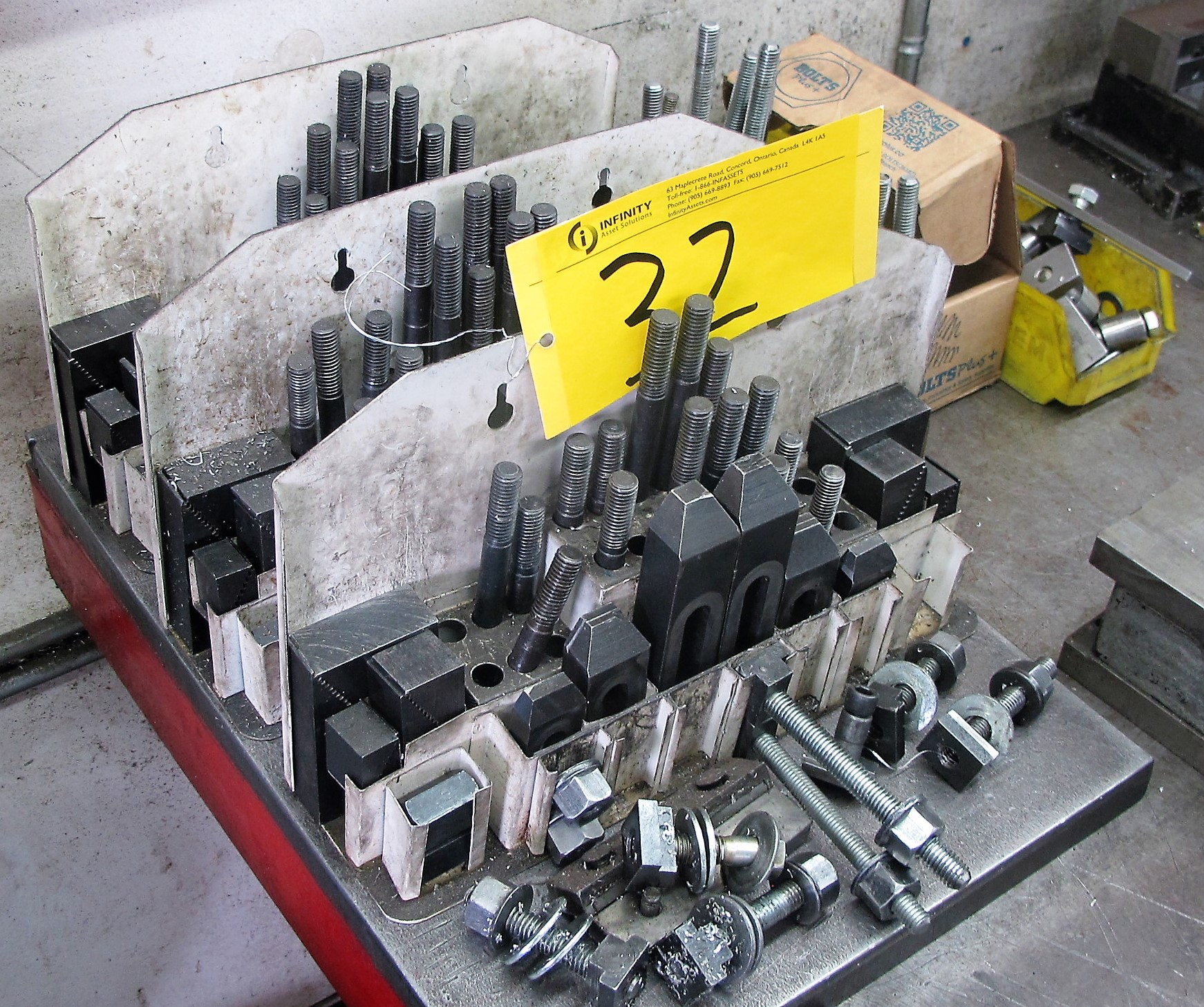 Lot 32 - MACHINE HOLD DOWNS AND RISERS