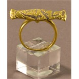 JACQUELINE MINA (born 1942); an 18ct gold and platinum ring, length 3cm, ring size Q, approx. 6.3g.