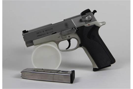Dating Smith og Wesson pistoler