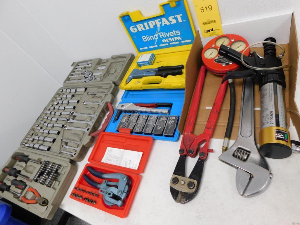 Lot 519 - LOT: Assorted Hand Tools