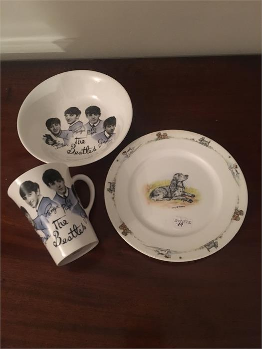 Lot 34 - Two pieces Beatles Shelley china and a Luct Davidson dog study plate