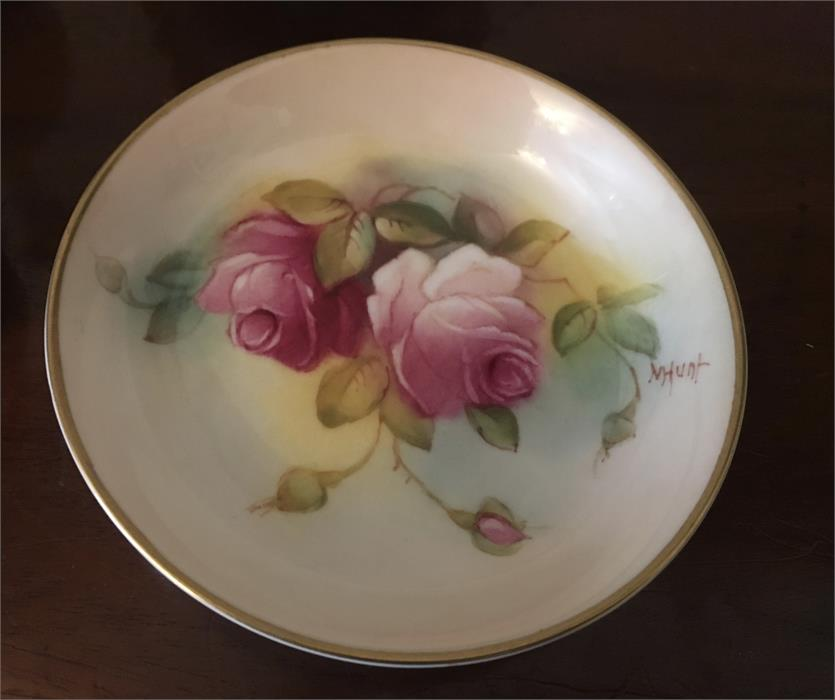 Lot 51 - Six small items Royal Worcester all decorated with roses 2 signed Hunt