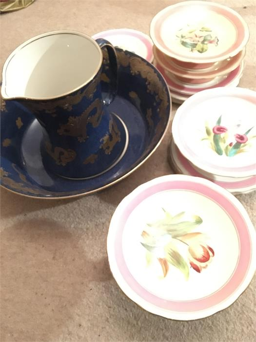 Lot 13 - Dessert service with a chinoiserie jug and bowl both a/f