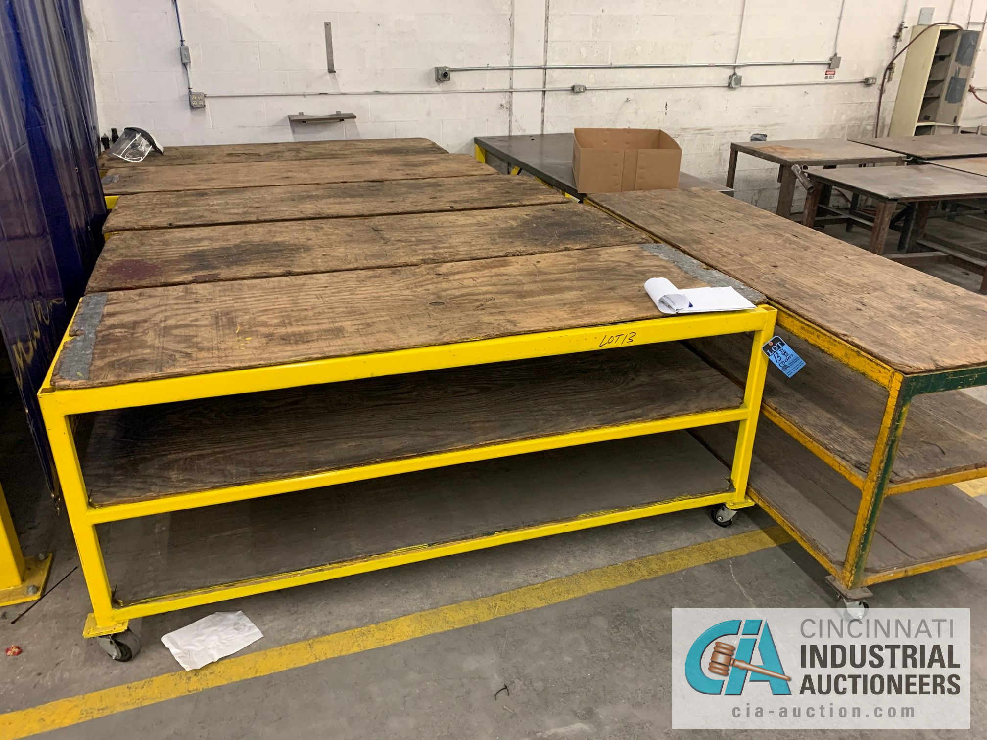 "32"" X 94"" X 40"" HIGH HEAVY STEEL FRAME CARTS - Image 4 of 4"