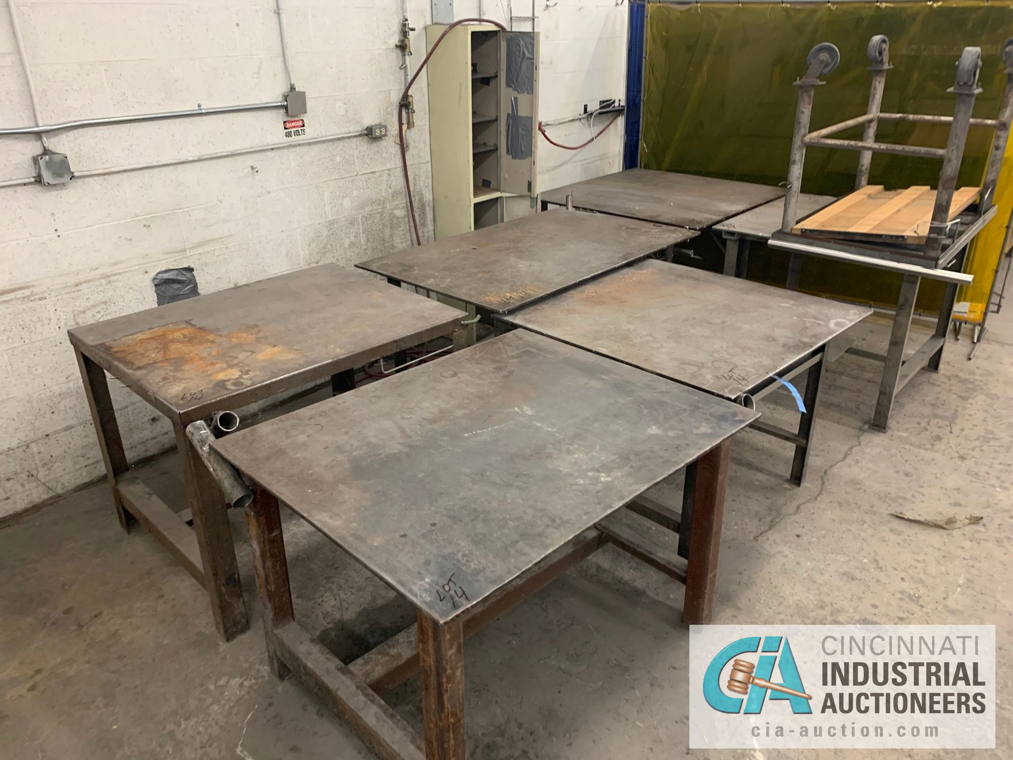 VARIOUS HEAVY WELD TABLES - Image 2 of 3
