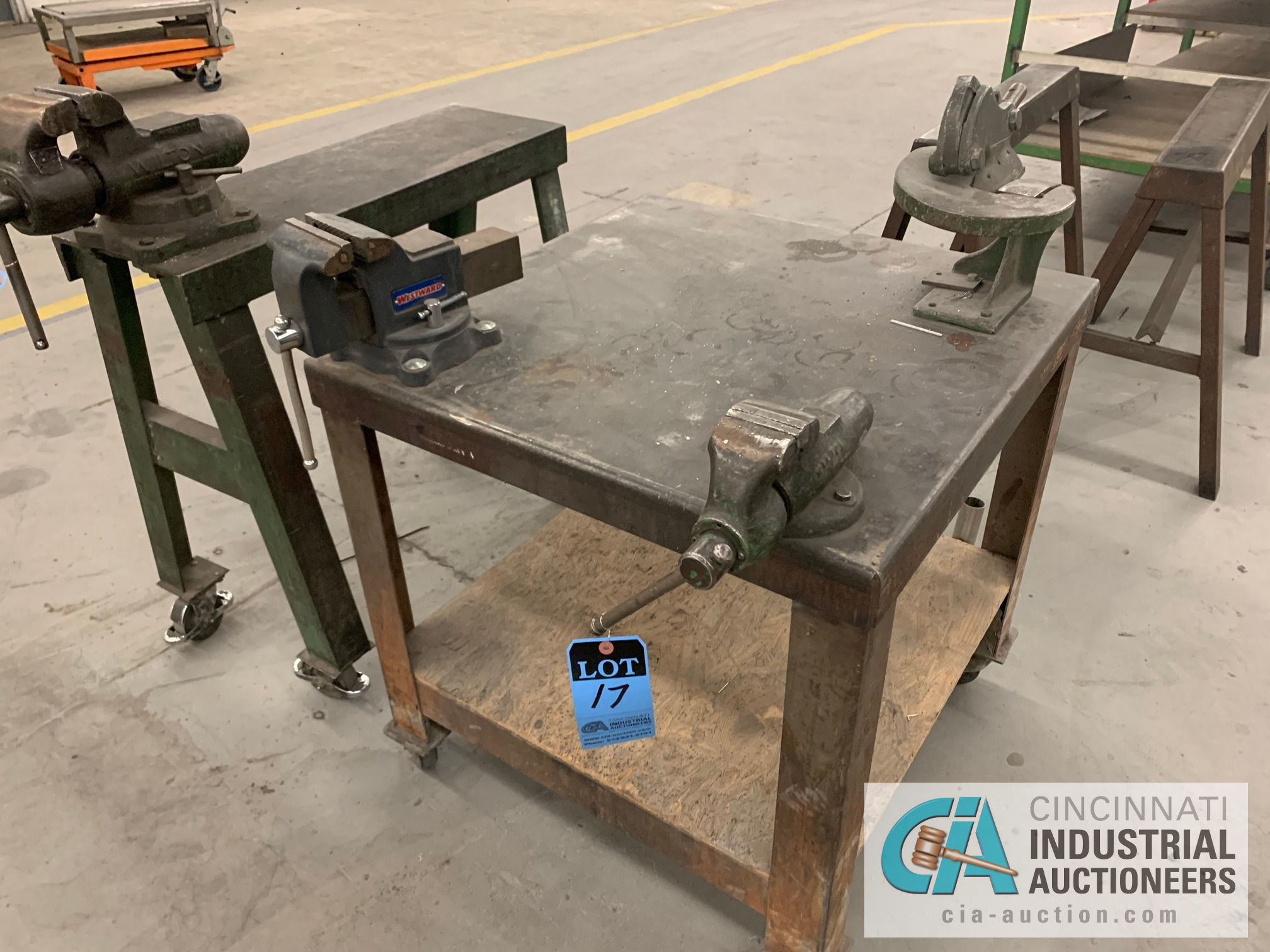 3' X 3' CART WITH (2) VISES AND SHEAR