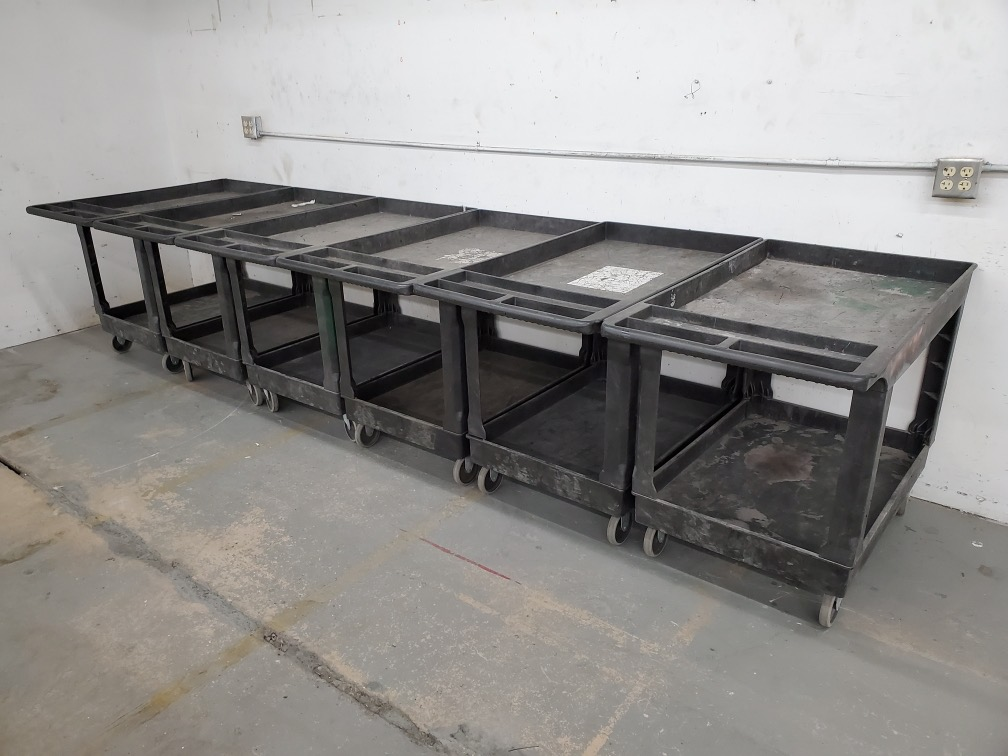 RUBBERMAID CARTS - Image 2 of 2