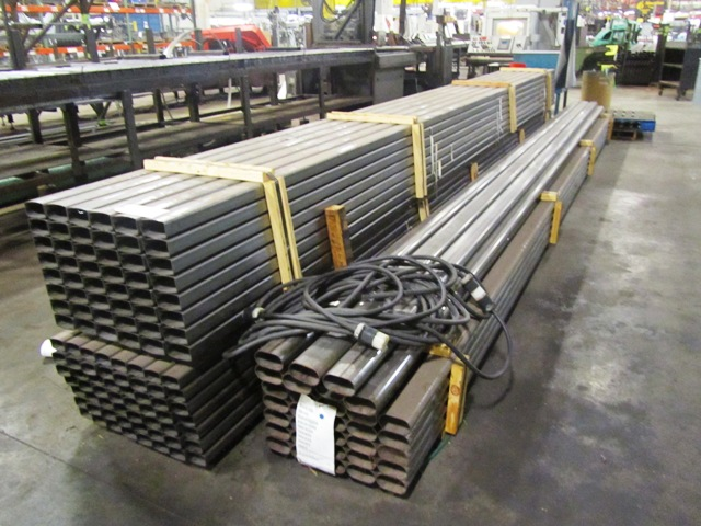 Lot 418 - 2'' x 4'' x 20' Semi-Rectangular Tube