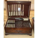 An oak cased canteen of plated flatware