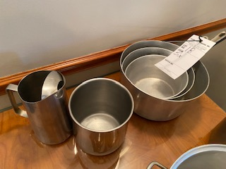 "(5) stainless pieces including 3 various size 6"" deep pans - Image 2 of 2"