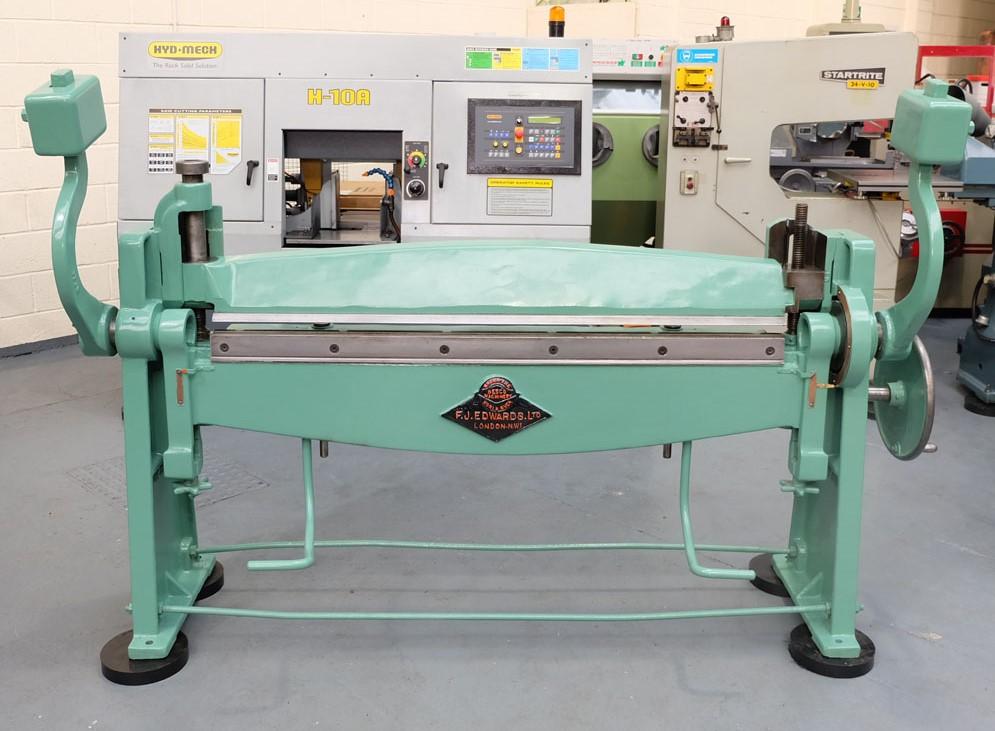 Lot 63 - An FJ EDWARDS HIGH LIFT Manual Sheet Metal Folding Machine: Capacity 60in x 14SWG.