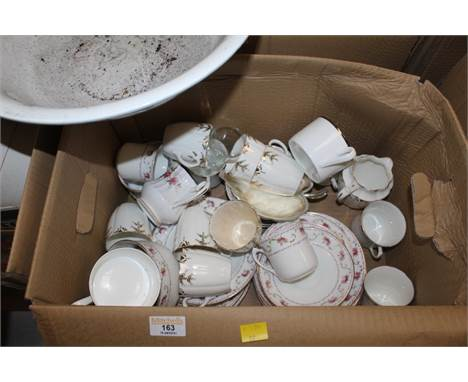 Two boxes of miscellaneous ceramics, to include floral patterned teaware, toilet jug and toilet bowl, a Japanese Kutani bottl