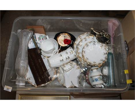 Box of miscellaneous china, to include gilt decorated teawares, Indian tree, glass vase etc.