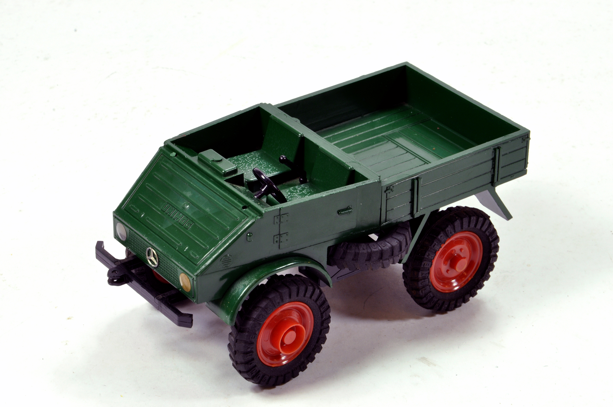 Lot 881 - Very Rare approx 1/25 scale plastic issue promotional model of a Mercedes Unimog from Cursor (
