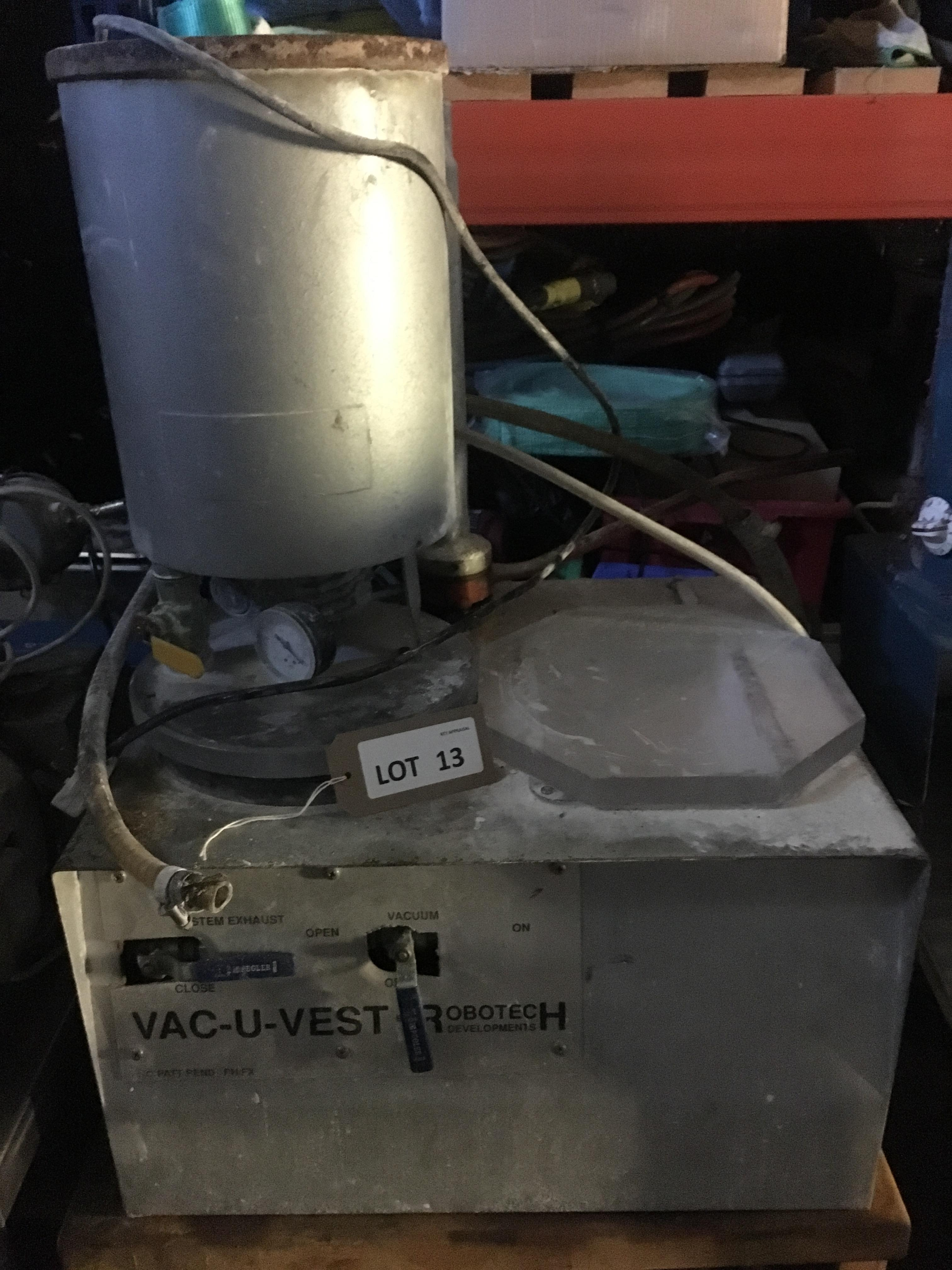 Los 13 - Robotech Vac-U-Vest platinum investing machine, serial no: not accessible, with vacuum pump