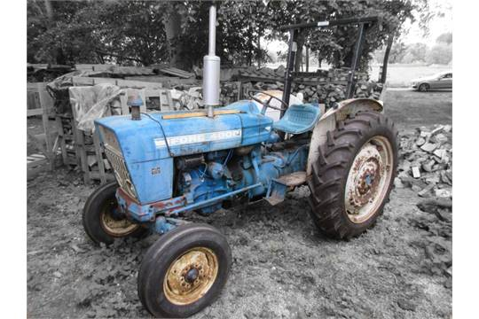 Ford 4000 Diesel Tractor : C ford cylinder diesel tractor reg no pgv h