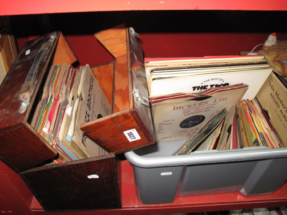 Lot 1027 - 78 RPM Records, Little Richard, Bill Haley, Tony Christie, Kid Kord nursery rhymes, many others plus