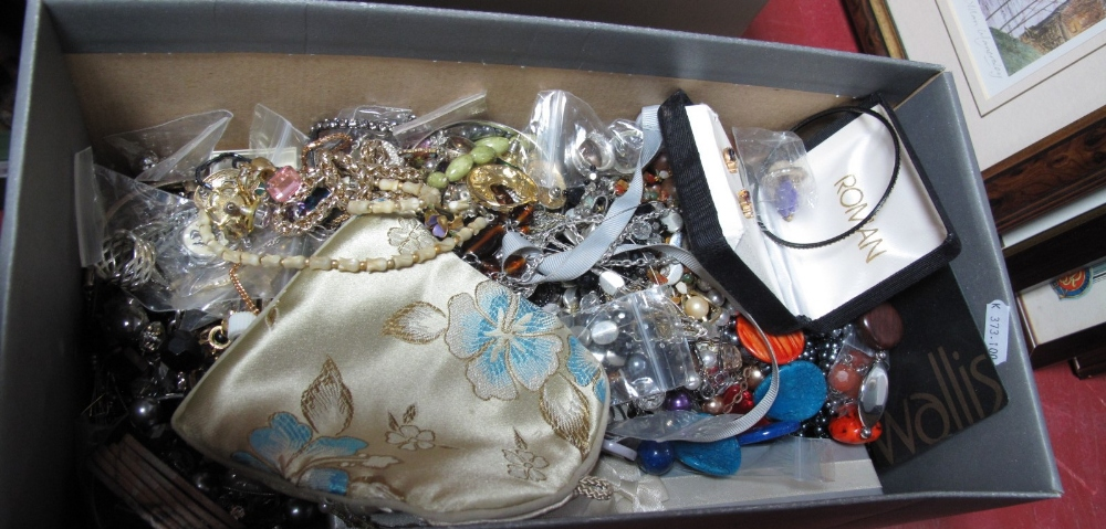Lot 1043 - A Mixed Lot of Assorted Costume Jewellery:- One Box