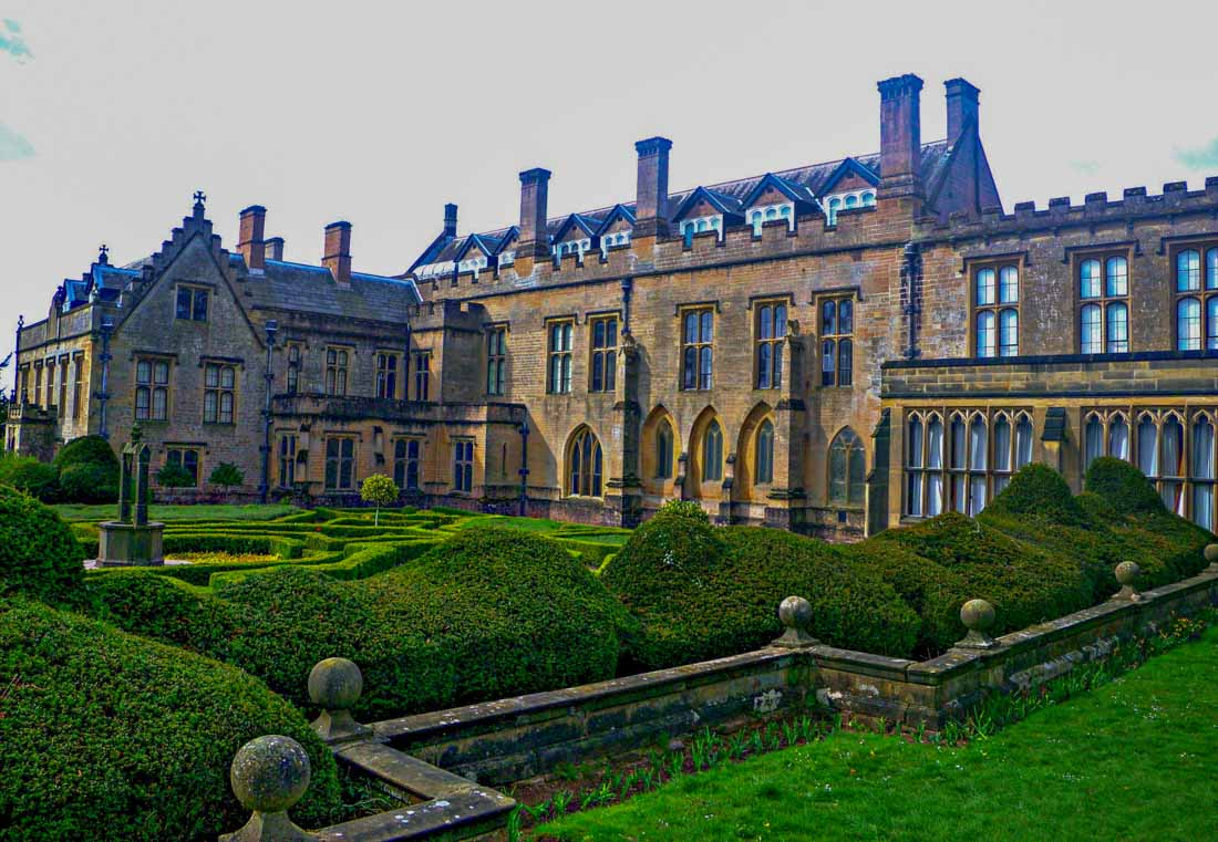 Lot 1 - Lord Byron's Dinner An overnight ghost hunt at the home of Lord Byron,
