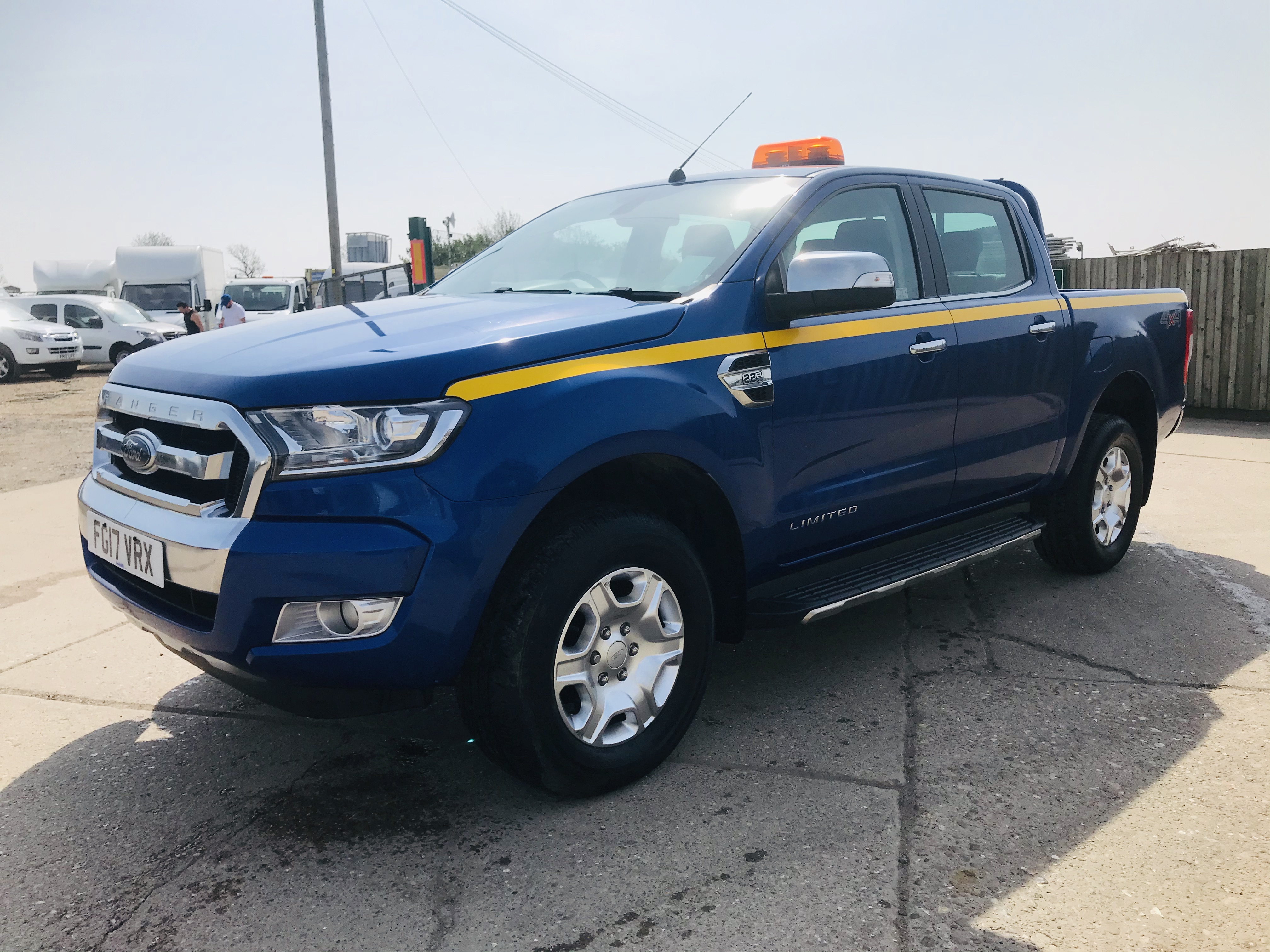 """ON SALE FORD RANGER 2.2TDCI """"LIMITED"""" D/C PICK UP (17 REG) 1 OWNER FSH - FULL LEATHER - CLIMATE & AC - Image 6 of 38"""