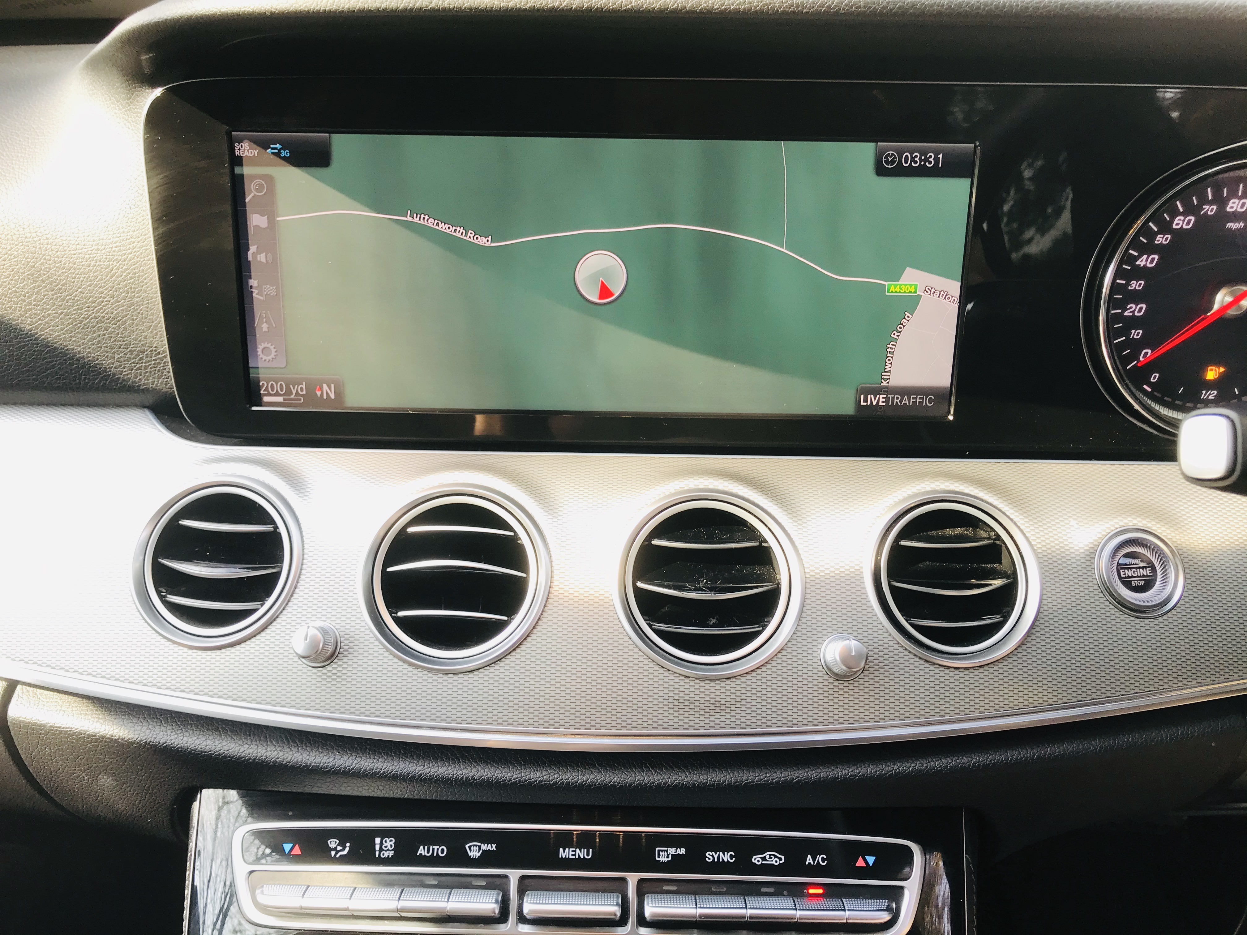 """On Sale MERCEDES E220d """"SPECIAL EQUIPMENT"""" 9G TRONIC (2019 MODEL) 1 OWNER - SAT NAV - LEATHER - WOW! - Image 23 of 26"""