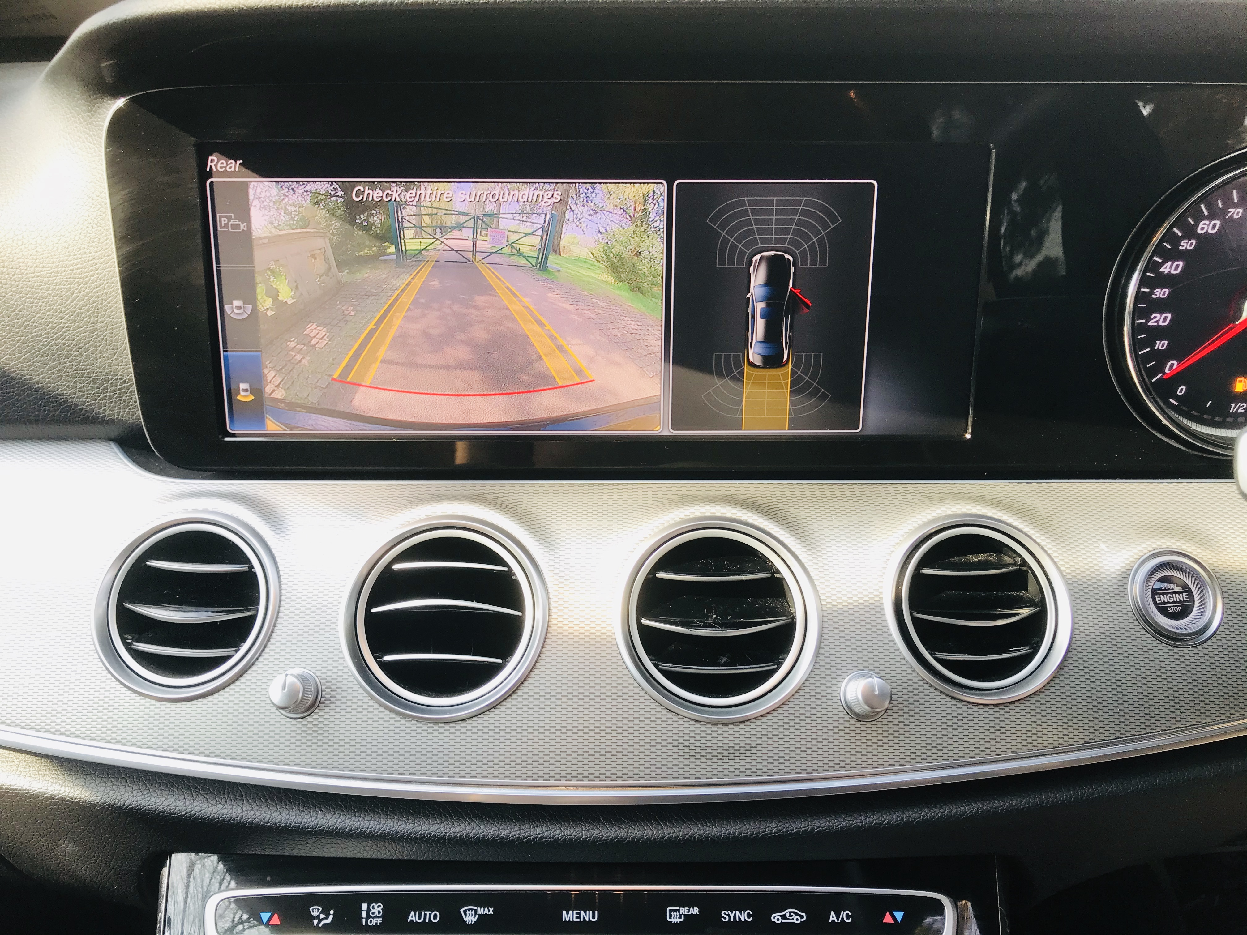 """On Sale MERCEDES E220d """"SPECIAL EQUIPMENT"""" 9G TRONIC (2019 MODEL) 1 OWNER - SAT NAV - LEATHER - WOW! - Image 25 of 26"""