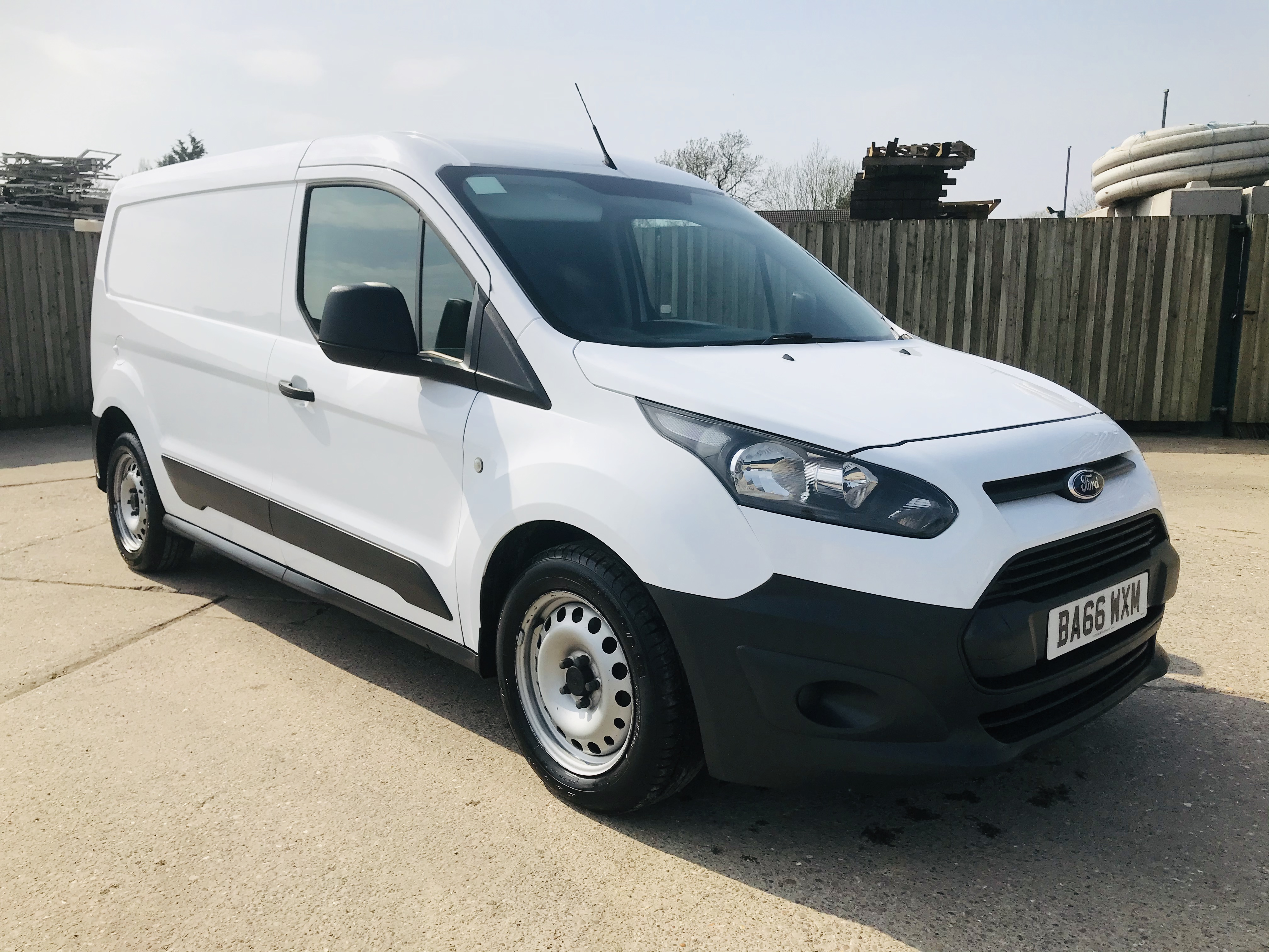 """ON SALE FORD TRANSIT CONNECT 1.6TDCI ECO-TECH 'LWB' 2017 REG - 1 OWNER - FSH - EURO 6""""ULEZ COMPLIANT - Image 3 of 30"""