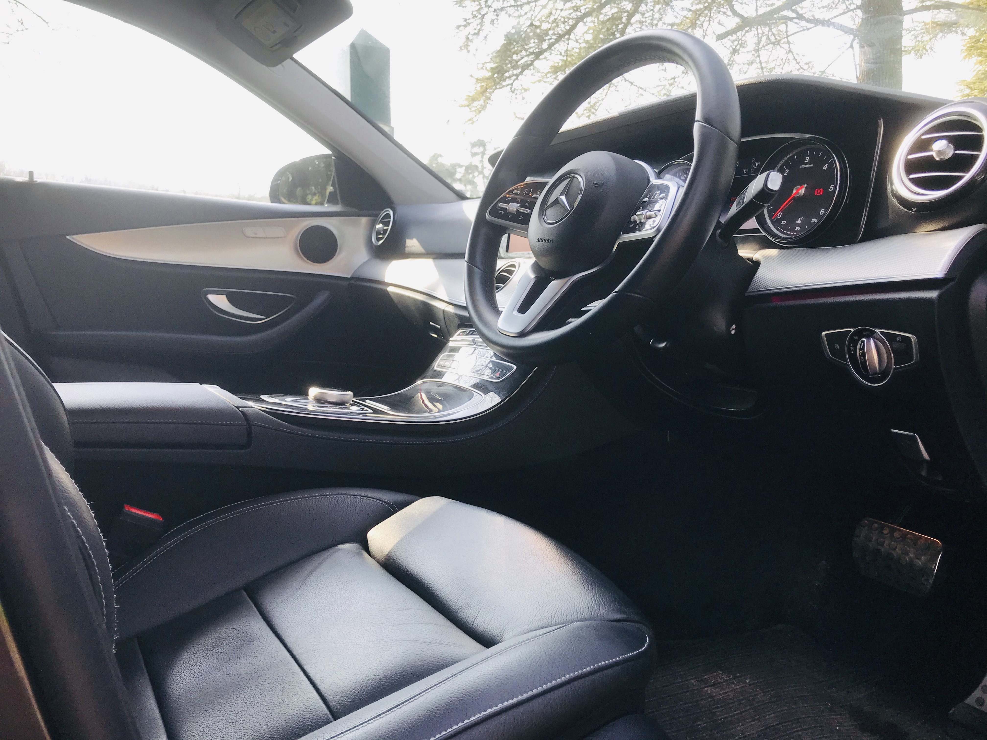 """On Sale MERCEDES E220d """"SPECIAL EQUIPMENT"""" 9G TRONIC (2019 MODEL) 1 OWNER - SAT NAV - LEATHER - WOW! - Image 10 of 26"""