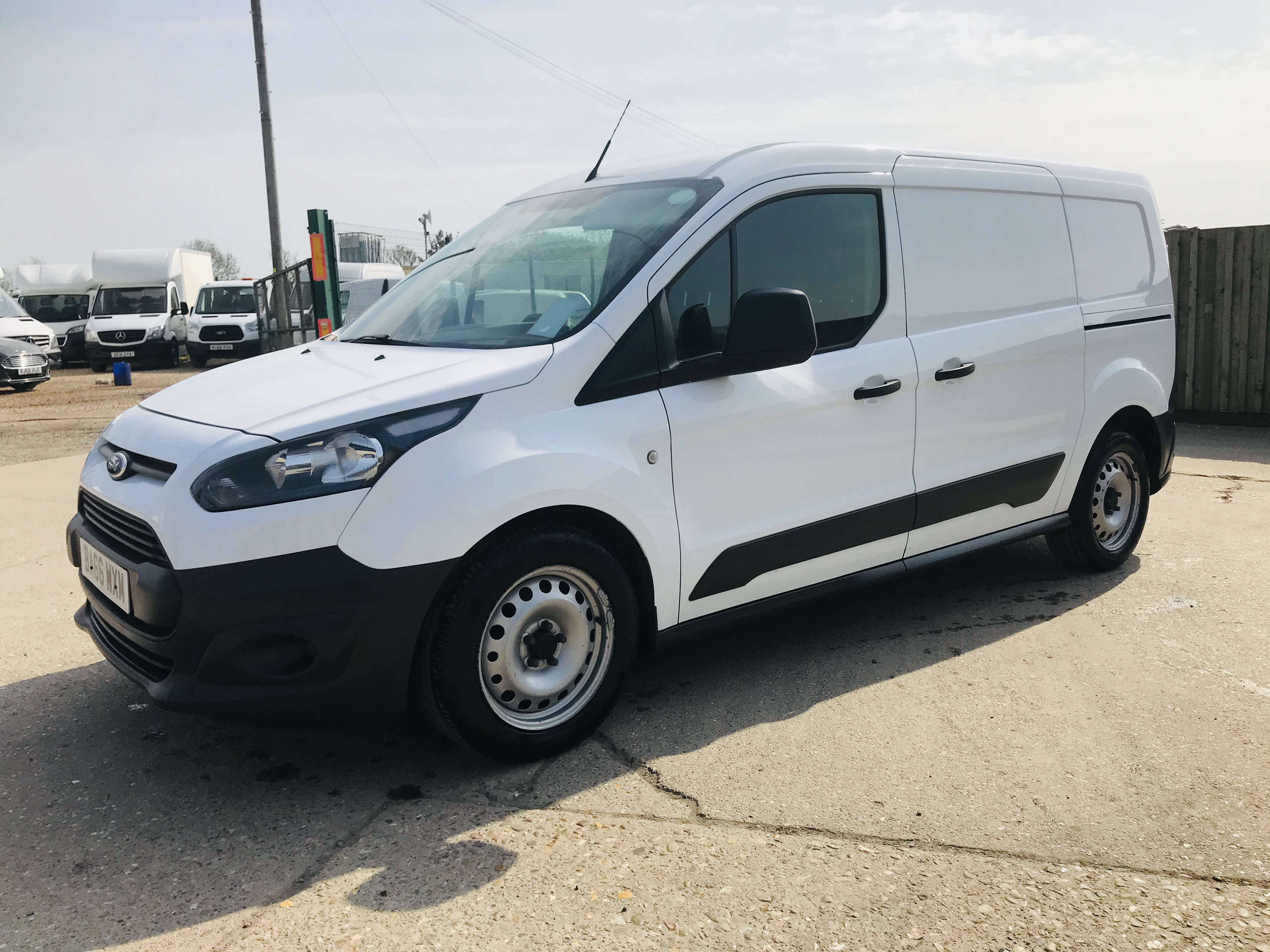 """ON SALE FORD TRANSIT CONNECT 1.6TDCI ECO-TECH 'LWB' 2017 REG - 1 OWNER - FSH - EURO 6""""ULEZ COMPLIANT - Image 6 of 30"""