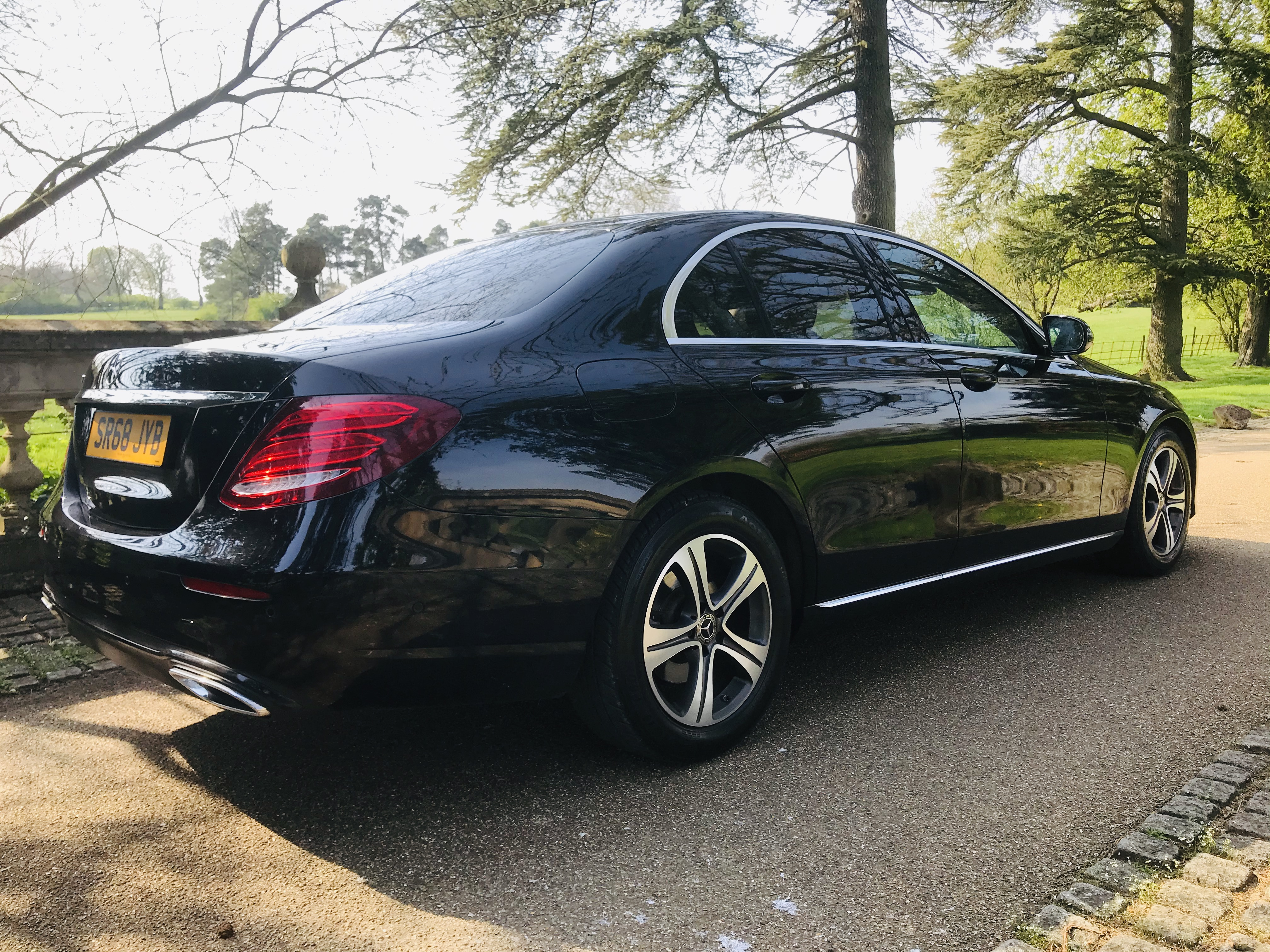 """On Sale MERCEDES E220d """"SPECIAL EQUIPMENT"""" 9G TRONIC (2019 MODEL) 1 OWNER - SAT NAV - LEATHER - WOW! - Image 8 of 26"""