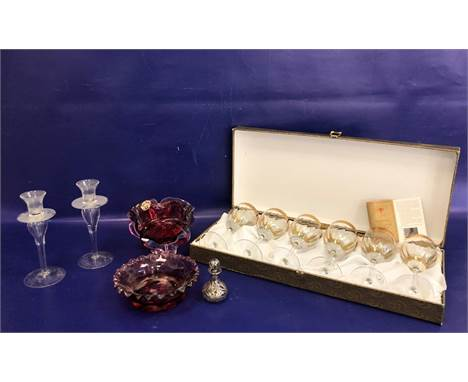 Chribska Bohemian cranberry and clear bowl, cinquefoil, with original gilt label, 16cm wide, a set of six Italian Cristalleri