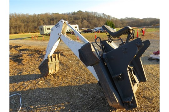 Bobcat 811 Backhoe Attachment With Bucket, Fits T180-t190-s175-s185
