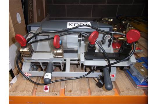 SILCA SPA DUO PLUS LOCKSMITH KEY CUTTING MACHINE - 240v
