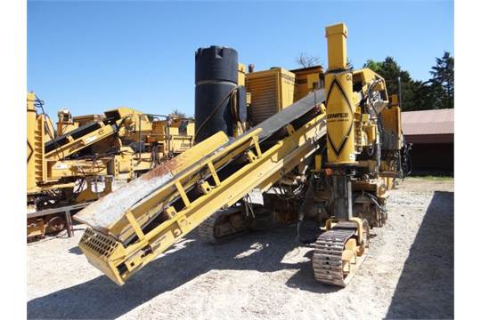 Gomaco 3600 Curbing Gutter Machine 2004 24 And 30