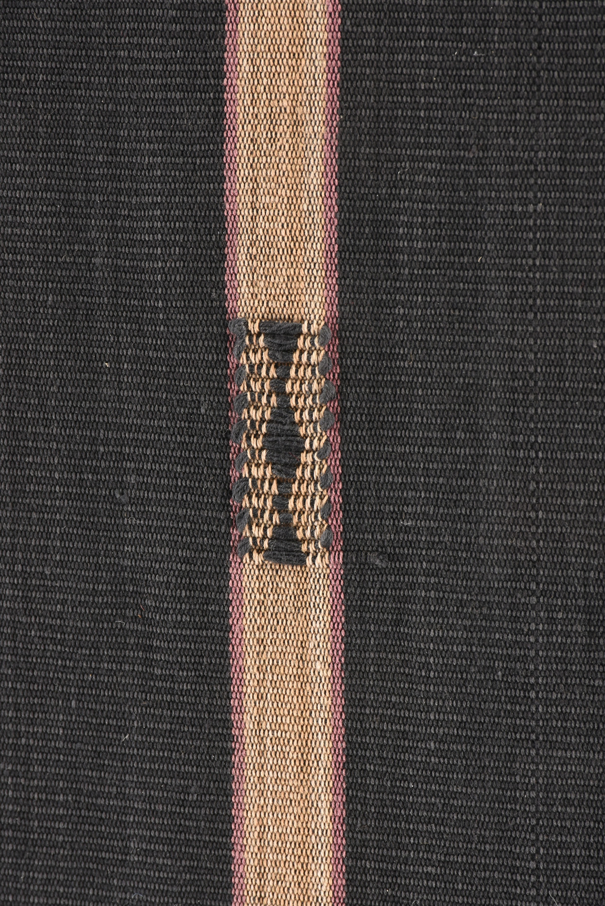 Lot 19 - A NAGA FINELY LOOMED BLACK AND TAN STRIPED COTTON WOMAN'S ANGAMI SHAWL, NAGALAND, SECOND HALF 20TH