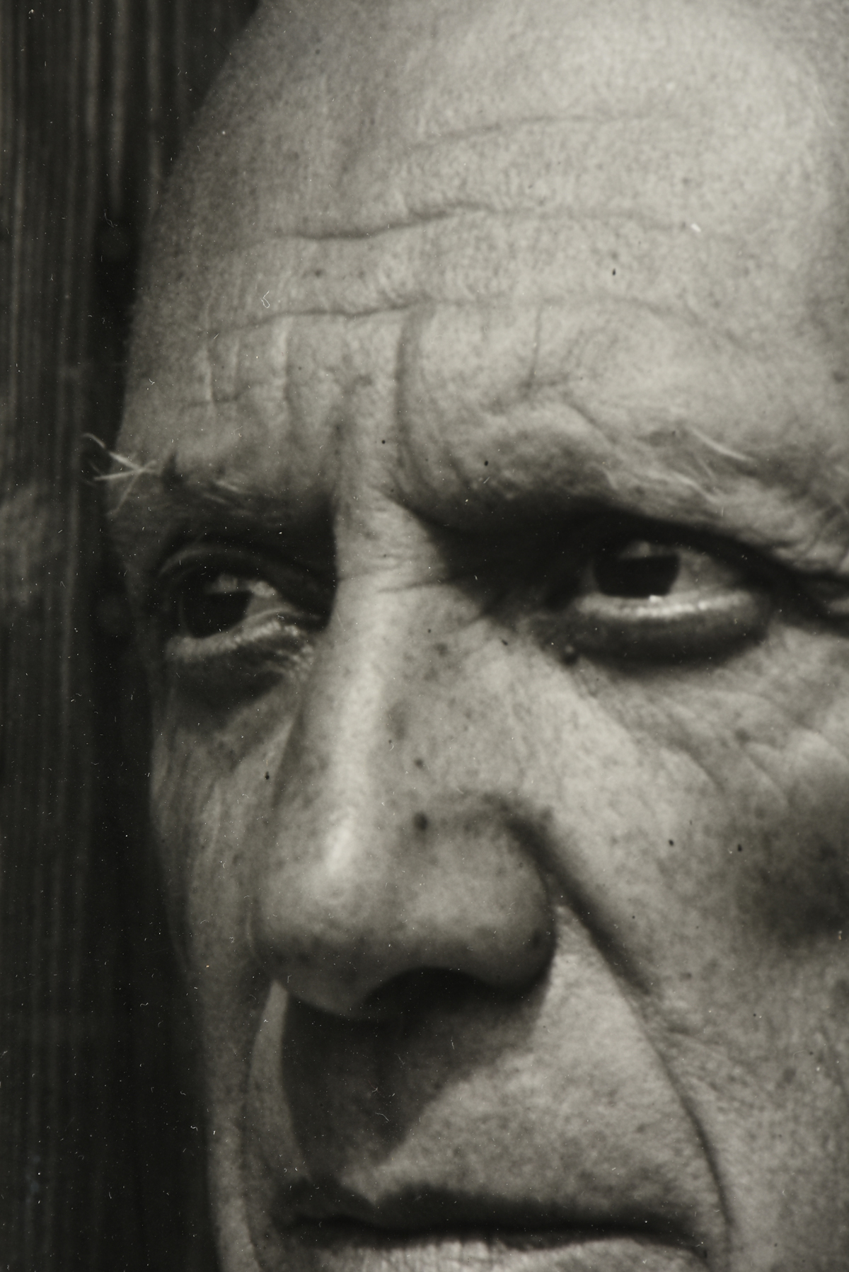"GILLES EHRMANN (French 1928-2005) A PHOTOGRAPH, ""Pablo Picasso à Vence, 1956,"" ink on paper, - Image 5 of 9"