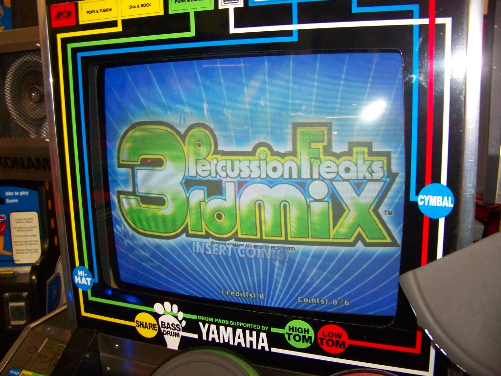 Lot 55 - PERCUSSION FREAKS 3RD MIX MUSIC ARCADE GAME KONAMI