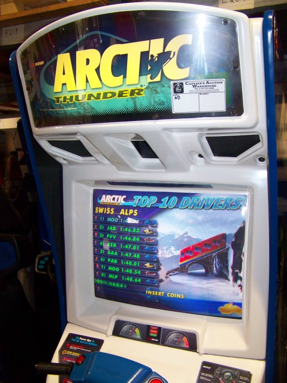 Lot 45 - ARCTIC THUNDER RACING ARCADE GAME