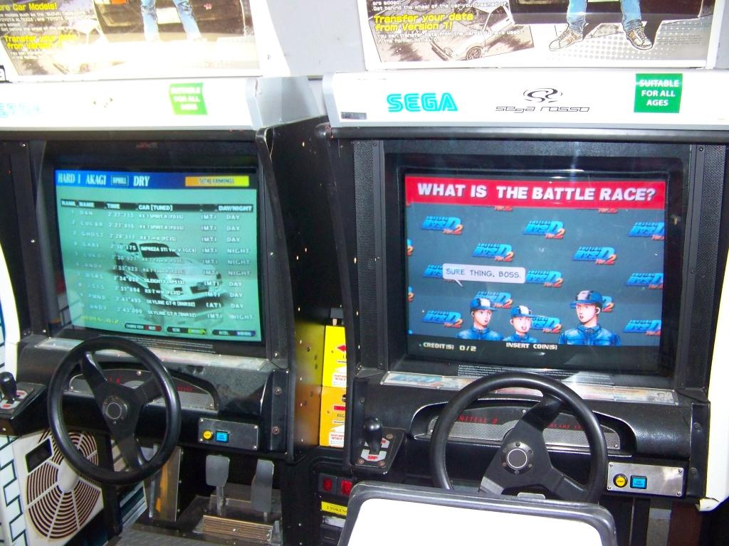 Lot 15 - INITIAL D2 TWIN DRIVER ARCADE RACING GAME SEGA