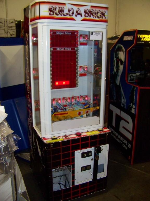 Lot 34a - BUILD A BRICK PRIZE REDEMPTION GAME