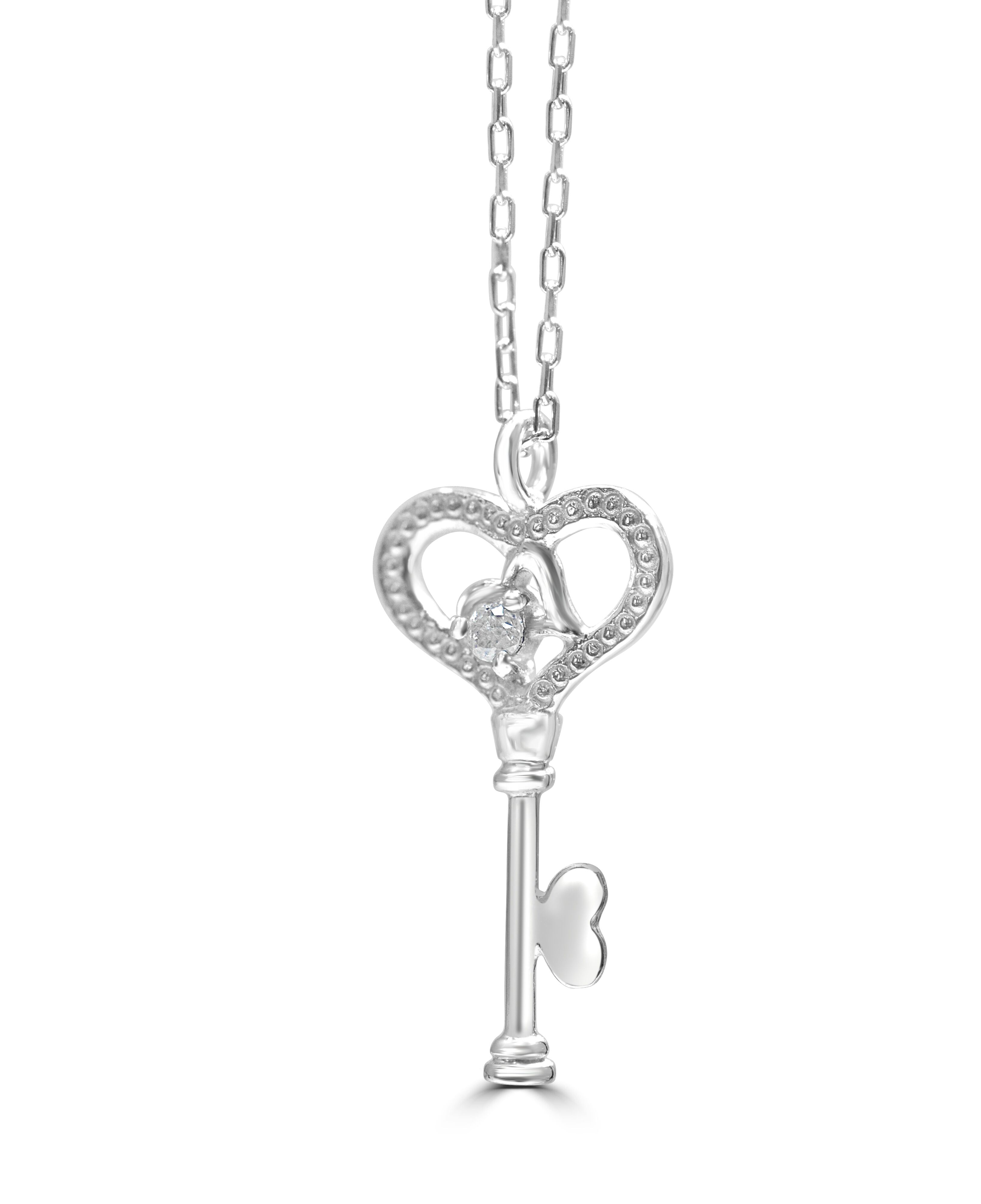 Diamond Pendant Key in 9ct White Gold With 16 Inch Chain RRP £250