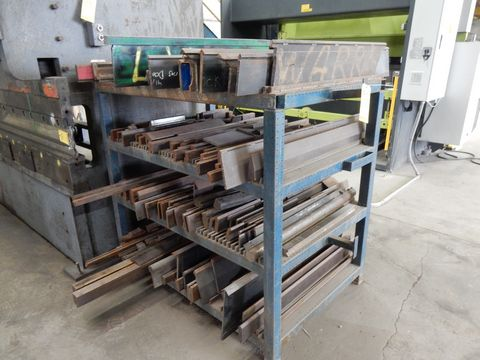 Lot 95 - LOT RACK W/CONTENTS TO INCLUDE SHORT VARIOUS L PRESS BRAKE DIES