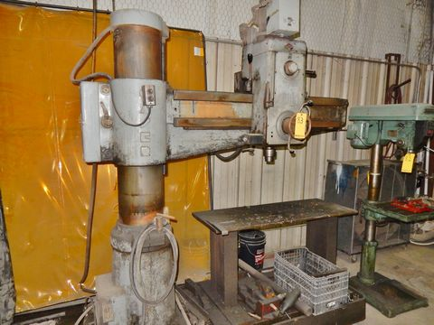 """CASER RADIAL ARM DRILL PRESS, M# F.32, 4' ARM, 11"""" COLUMN, MANUAL CLAMP - Image 2 of 2"""