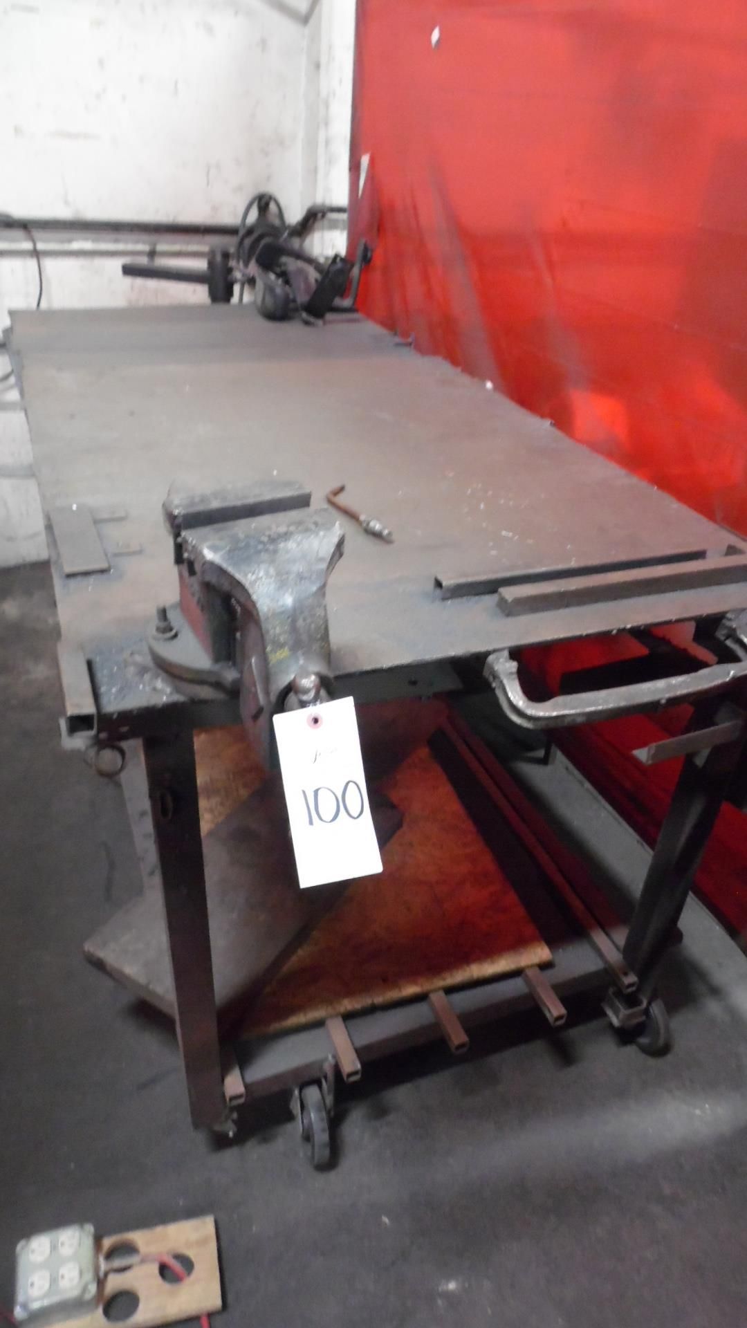 Lot 100 - WELDING TABLE w/ VISE