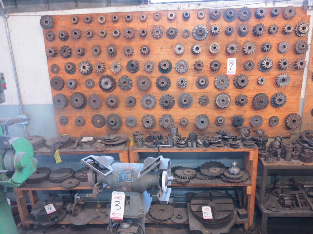 LOT - CUTTING TOOLS (ON WALL)