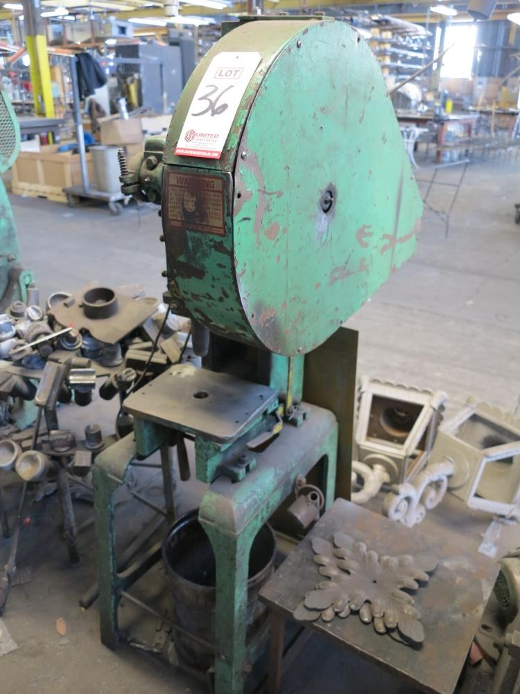 BENCHMASTER C FRAME PUNCH PRESS, S/N 5504 - Image 2 of 2