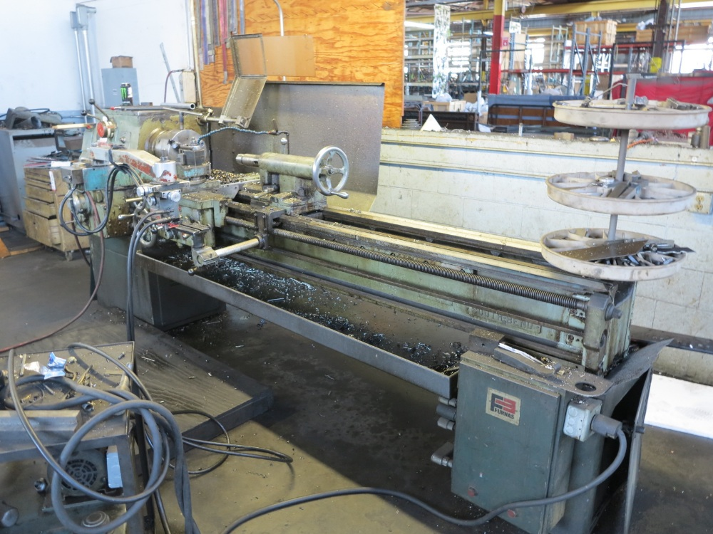 "SOUTH BEND TURNADO ENGINE LATHE, 17"" X 72""CC, HYDRAULIC TRACING ATTACHMENT, 3 JAW CHUCK - Image 3 of 4"