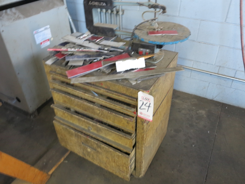 ROLLING TOOL BOX W/ CONTENTS
