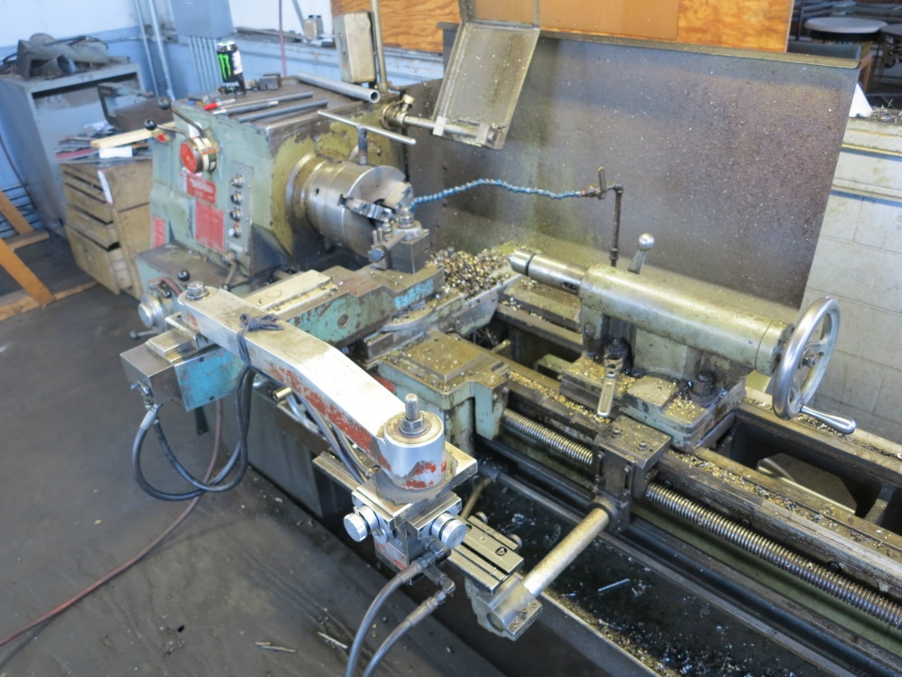 "SOUTH BEND TURNADO ENGINE LATHE, 17"" X 72""CC, HYDRAULIC TRACING ATTACHMENT, 3 JAW CHUCK - Image 2 of 4"