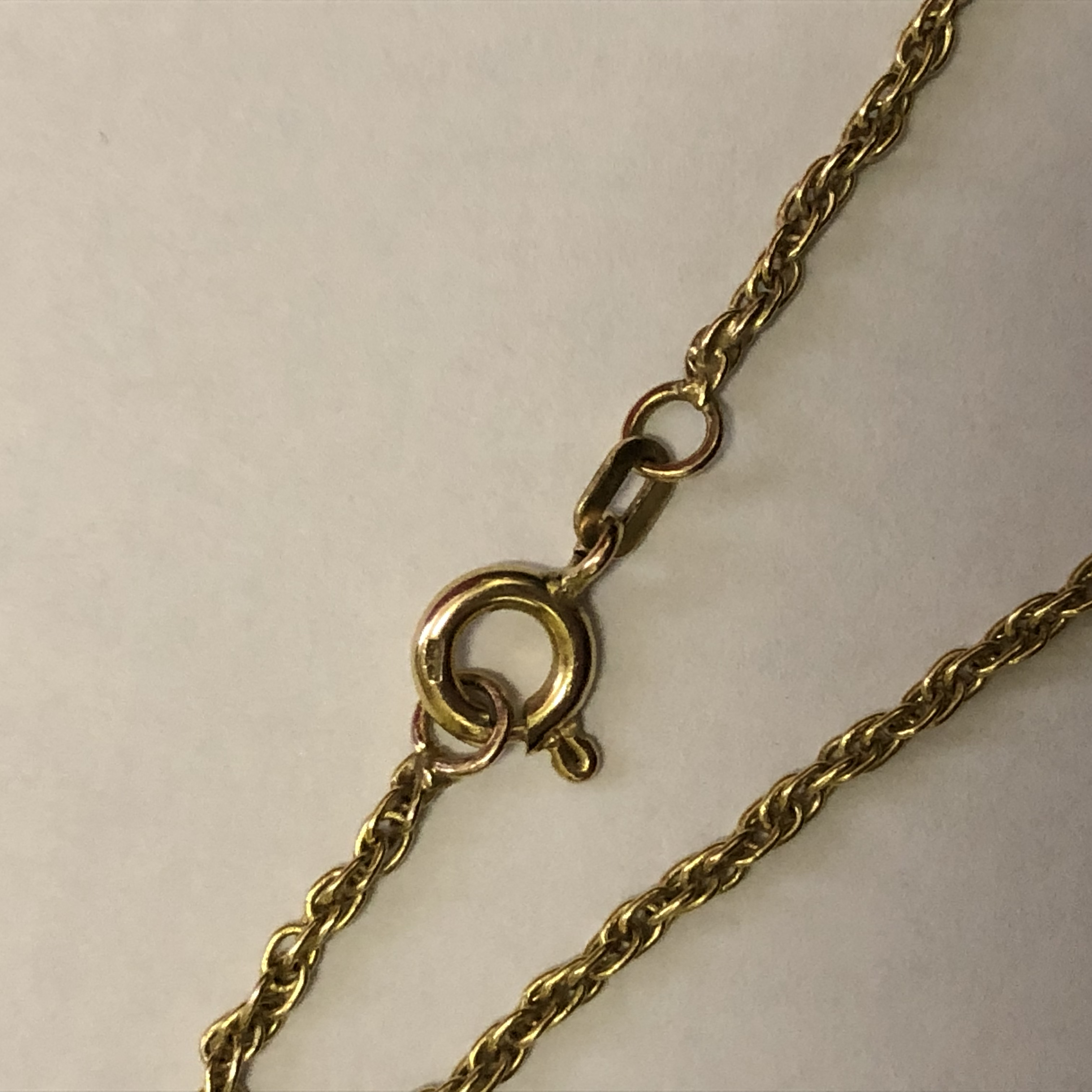 Lot 205 - 9CT GOLD BELCHER CHAIN WITH 9CT GOLD CAT PENDANT AND A 9CT GOLD SAPPHIRE AND DIAMOND CHIP OBLONG